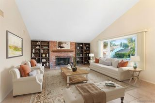 Photo 2: BAY PARK House for sale : 3 bedrooms : 3765 Sioux Ave in San Diego