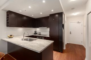 """Photo 5: 603 821 CAMBIE Street in Vancouver: Downtown VW Condo for sale in """"Raffles on Robson"""" (Vancouver West)  : MLS®# R2527535"""