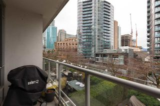 """Photo 19: 603 821 CAMBIE Street in Vancouver: Downtown VW Condo for sale in """"Raffles on Robson"""" (Vancouver West)  : MLS®# R2527535"""