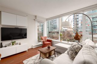 """Photo 10: 603 821 CAMBIE Street in Vancouver: Downtown VW Condo for sale in """"Raffles on Robson"""" (Vancouver West)  : MLS®# R2527535"""