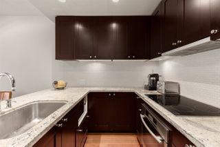 """Photo 3: 603 821 CAMBIE Street in Vancouver: Downtown VW Condo for sale in """"Raffles on Robson"""" (Vancouver West)  : MLS®# R2527535"""