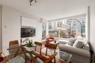 """Photo 8: 603 821 CAMBIE Street in Vancouver: Downtown VW Condo for sale in """"Raffles on Robson"""" (Vancouver West)  : MLS®# R2527535"""