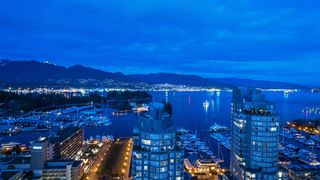 """Main Photo: 2501 620 CARDERO Street in Vancouver: Coal Harbour Condo for sale in """"Cardero"""" (Vancouver West)  : MLS®# R2532352"""