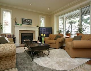 Photo 7: 864 E 10TH ST in North Vancouver: House for sale : MLS®# V786079