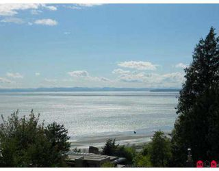 "Photo 3: 304 15010 ROPER Ave: White Rock Condo for sale in ""Baycrest"" (South Surrey White Rock)  : MLS®# F2711761"