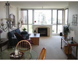 "Photo 2: 903 1575 W 10TH Avenue in Vancouver: Fairview VW Condo for sale in ""THE TRITON"" (Vancouver West)  : MLS®# V647420"