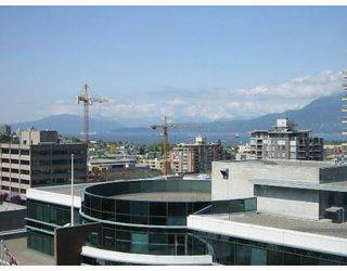 "Photo 7: 903 1575 W 10TH Avenue in Vancouver: Fairview VW Condo for sale in ""THE TRITON"" (Vancouver West)  : MLS®# V647420"