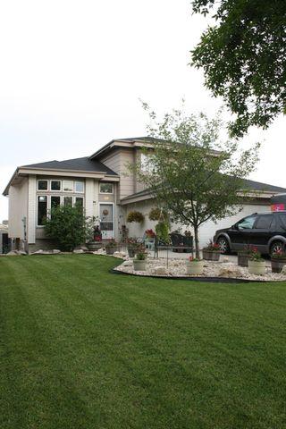 Photo 2: 99 Deering Close in Winnipeg: Residential for sale (North East Winnipeg)  : MLS®# 1103118