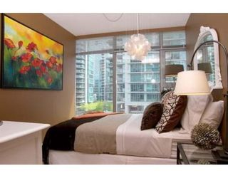 Photo 7: # 303 1710 BAYSHORE DR in Vancouver: Coal Harbour Condo for sale (Vancouver West)  : MLS®# V642290