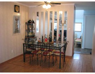 Photo 3: 2 6431 COONEY Road in Richmond: Brighouse Townhouse for sale : MLS®# V689216