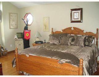 Photo 5: 401 MOORE in WSTPAUL: Middlechurch / Rivercrest Residential for sale (Winnipeg area)  : MLS®# 2807742