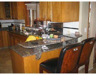 Photo 4: 401 MOORE in WSTPAUL: Middlechurch / Rivercrest Residential for sale (Winnipeg area)  : MLS®# 2807742