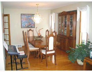 Photo 10: 401 MOORE in WSTPAUL: Middlechurch / Rivercrest Residential for sale (Winnipeg area)  : MLS®# 2807742