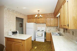 Photo 2: 15211 110A Avenue in Edmonton: Zone 21 House for sale : MLS®# E4172878