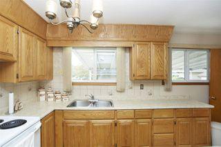 Photo 3: 15211 110A Avenue in Edmonton: Zone 21 House for sale : MLS®# E4172878