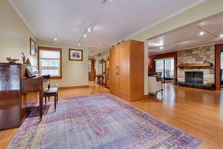 Photo 5: 13104 CHURCHILL Crescent in Edmonton: Zone 11 House for sale : MLS®# E4182433