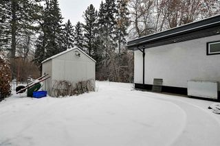 Photo 33: 13104 CHURCHILL Crescent in Edmonton: Zone 11 House for sale : MLS®# E4182433