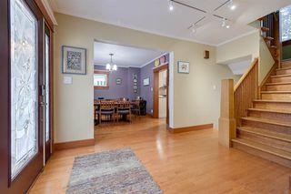 Photo 4: 13104 CHURCHILL Crescent in Edmonton: Zone 11 House for sale : MLS®# E4182433
