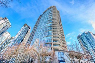 "Photo 3: 2606 455 BEACH Crescent in Vancouver: Yaletown Condo for sale in ""PARK WEST 1"" (Vancouver West)  : MLS®# R2430725"
