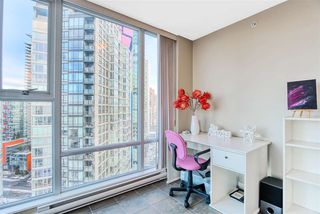 "Photo 11: 2606 455 BEACH Crescent in Vancouver: Yaletown Condo for sale in ""PARK WEST 1"" (Vancouver West)  : MLS®# R2430725"
