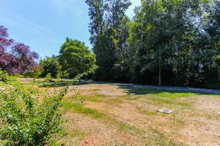 """Photo 17: 1148 MAPLEWOOD Crescent in North Vancouver: Norgate House for sale in """"NORGATE"""" : MLS®# R2439525"""
