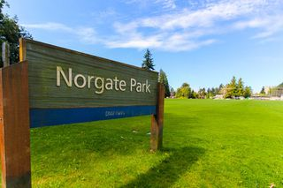 """Photo 19: 1148 MAPLEWOOD Crescent in North Vancouver: Norgate House for sale in """"NORGATE"""" : MLS®# R2439525"""