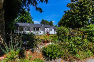 "Main Photo: 1148 MAPLEWOOD Crescent in North Vancouver: Norgate House for sale in ""NORGATE"" : MLS®# R2439525"