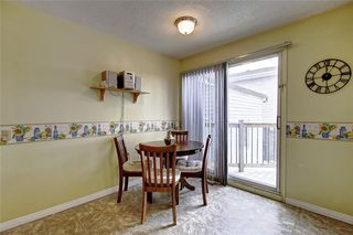 Photo 12: 283 QUEENSLAND Circle SE in Calgary: Queensland Detached for sale : MLS®# C4290754