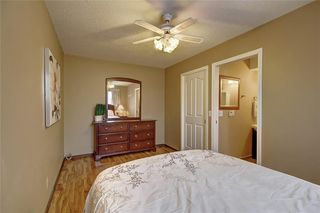 Photo 16: 283 QUEENSLAND Circle SE in Calgary: Queensland Detached for sale : MLS®# C4290754