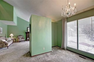 Photo 7: 283 QUEENSLAND Circle SE in Calgary: Queensland Detached for sale : MLS®# C4290754