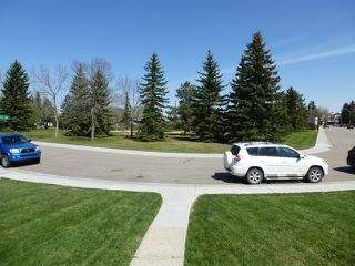 Photo 2: 13528 104 Street in Edmonton: Zone 01 House for sale : MLS®# E4197313