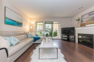 Main Photo: 105 568 ROCHESTER Avenue in Coquitlam: Coquitlam West Townhouse for sale : MLS®# R2460718