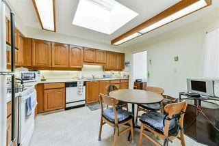 "Photo 6: 407 777 EIGHTH Street in New Westminster: Uptown NW Condo for sale in ""Moody Gardens"" : MLS®# R2479408"