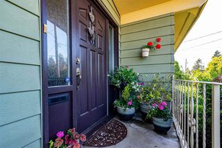 Photo 5: 31932 ROYAL Crescent in Abbotsford: Abbotsford West House for sale : MLS®# R2482540