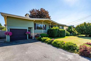 Photo 3: 31932 ROYAL Crescent in Abbotsford: Abbotsford West House for sale : MLS®# R2482540