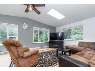 Photo 17: 19781 38A Avenue in Langley: Brookswood Langley House for sale : MLS®# R2499053