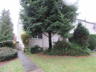 Photo 1: 32 3417 E 49TH Avenue in Vancouver: Killarney VE Townhouse for sale (Vancouver East)  : MLS®# R2518414