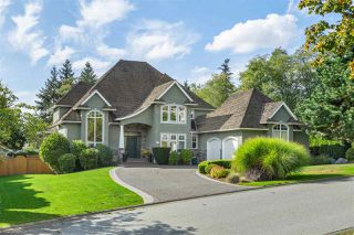Photo 1: 5449 186 Street in Surrey: Cloverdale BC House for sale (Cloverdale)  : MLS®# R2518520