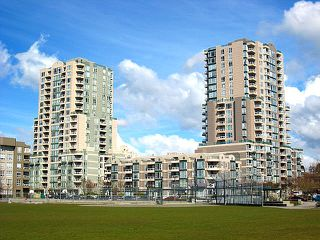 "Main Photo: #1906 5189 Gaston St. in Vancouver: Collingwood VE Condo for sale in ""Mc Gregor"" (Vancouver East)  : MLS®# V814279"