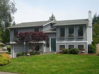 Photo 1: 824 HIGHWOOD DRIVE in COMOX: House for sale : MLS®# 307267