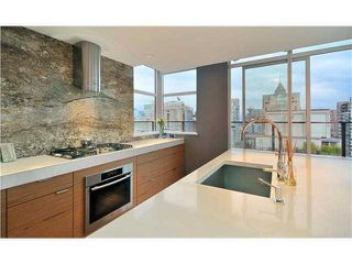 Photo 4: 1055 Homer Street in Vancouver: Downtown VW Condo for sale (Vancouver West)  : MLS®# V847819