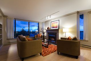 Photo 4: 800 5890 Balsam Street in Vancouver: Kerrisdale Condo for sale (Vancouver West)  : MLS®# V912082