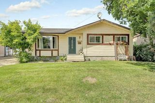 Photo 2: 14016 21 Street in Edmonton: Zone 35 House for sale : MLS®# E4166393