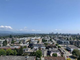 """Photo 10: 1502 5051 IMPERIAL Street in Burnaby: Metrotown Condo for sale in """"IMPERIAL"""" (Burnaby South)  : MLS®# R2393456"""