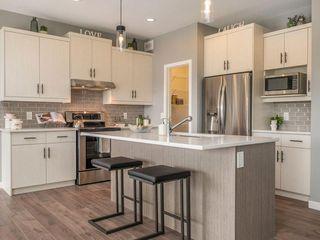 Photo 3: 99 Dedrick Bay in Winnipeg: Residential for sale (1H)  : MLS®# 1925057