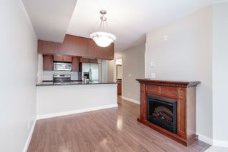 Photo 8: 218 5516 198 Street in Langley: Langley City Condo for sale : MLS®# R2401554