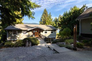 Photo 18: 6194 S GALE Avenue in Sechelt: Sechelt District House for sale (Sunshine Coast)  : MLS®# R2410638