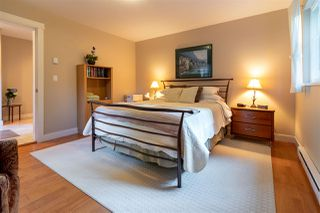 Photo 9: 6194 S GALE Avenue in Sechelt: Sechelt District House for sale (Sunshine Coast)  : MLS®# R2410638