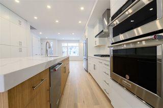 Photo 7: 7611 110 Street in Edmonton: Zone 15 House Half Duplex for sale : MLS®# E4182905