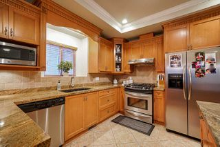 """Photo 7: 6188 164 Street in Surrey: Cloverdale BC House for sale in """"CLOVER RIDGE"""" (Cloverdale)  : MLS®# R2432197"""